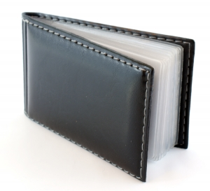 Miért lehet fontos a hitelkártya tok használata?