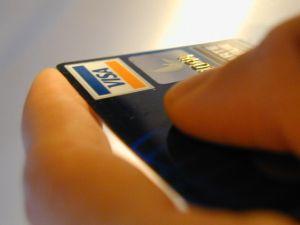 Miért lehet nagyon fontos a hitelkártya tartó mindennapos használata?