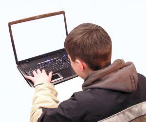A diákhitel igénylése online is intézhető már?