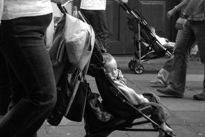 A személyi kölcsön igénylése GYES-re is lehetséges lehet egy kismamának?
