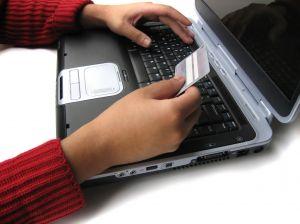 A hitelkártya online igénylése bárosoknak is lehetséges?
